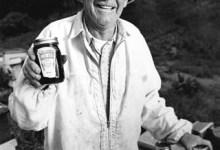 "Karl ""Papa Bee"" Wollarth 1913-2007"
