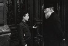 Of Life and Loss: The Polish Photographs of Roman Vishniac and Jeffrey Gusky