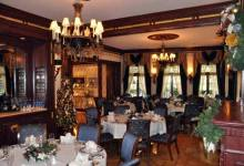 Much More than Grog and Grub at Club 33