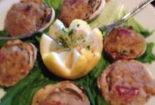 Brophy's Garlic-Baked Clams