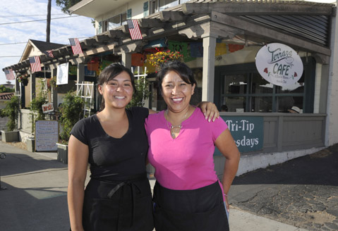 Familiar Vibes At Terraza Café The Santa Barbara Independent