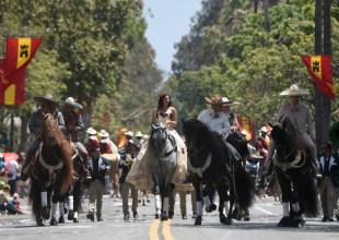 Fiesta Historical Parade 2017