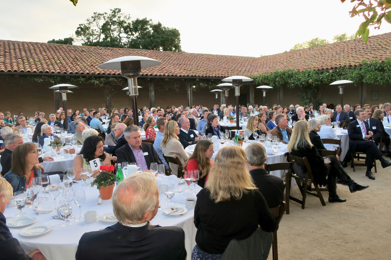 Scholarship Foundation Holds Annual Dinner - The Santa