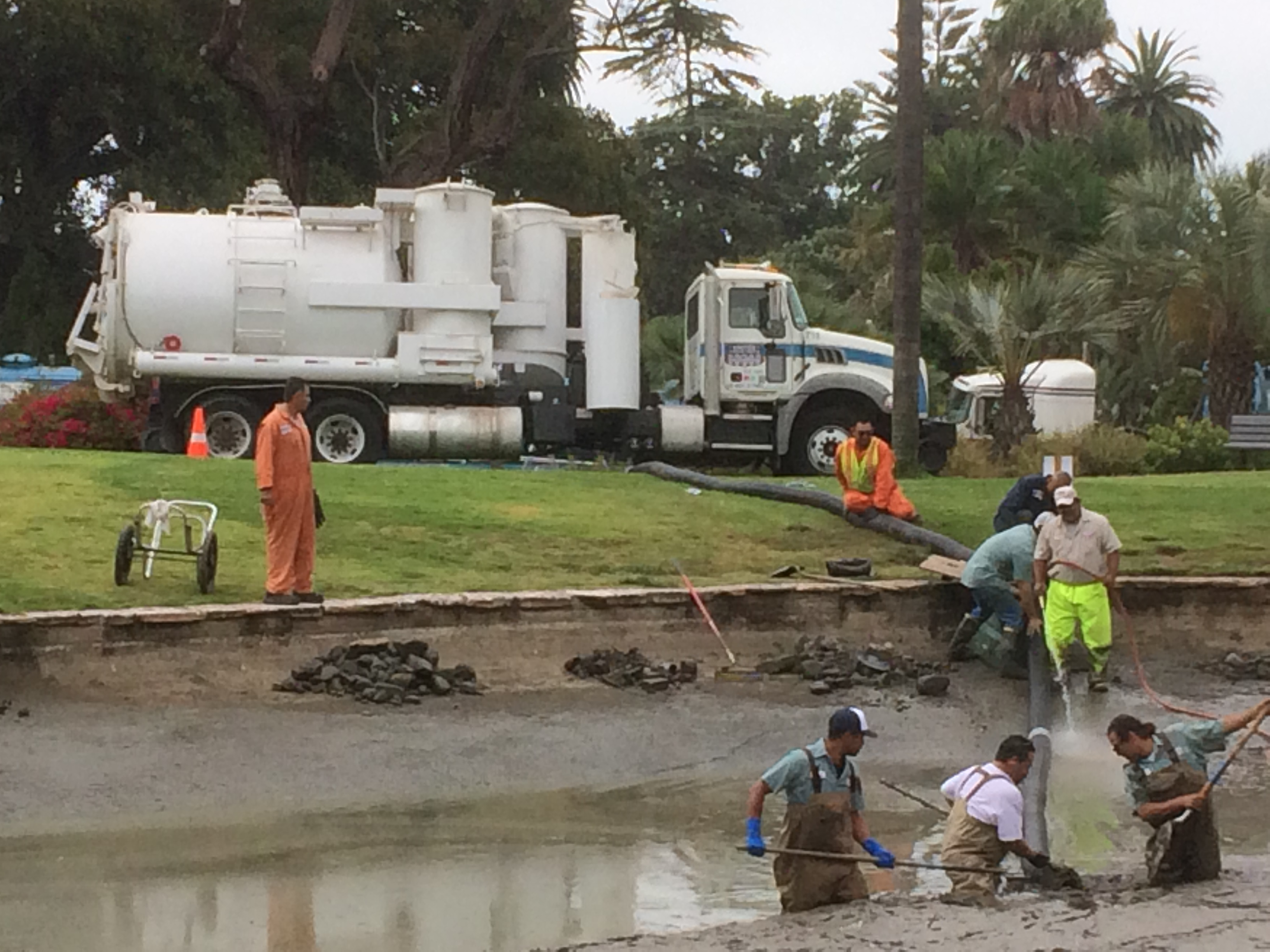 Work at Turtle Pond Reaches Bottom - The Santa Barbara