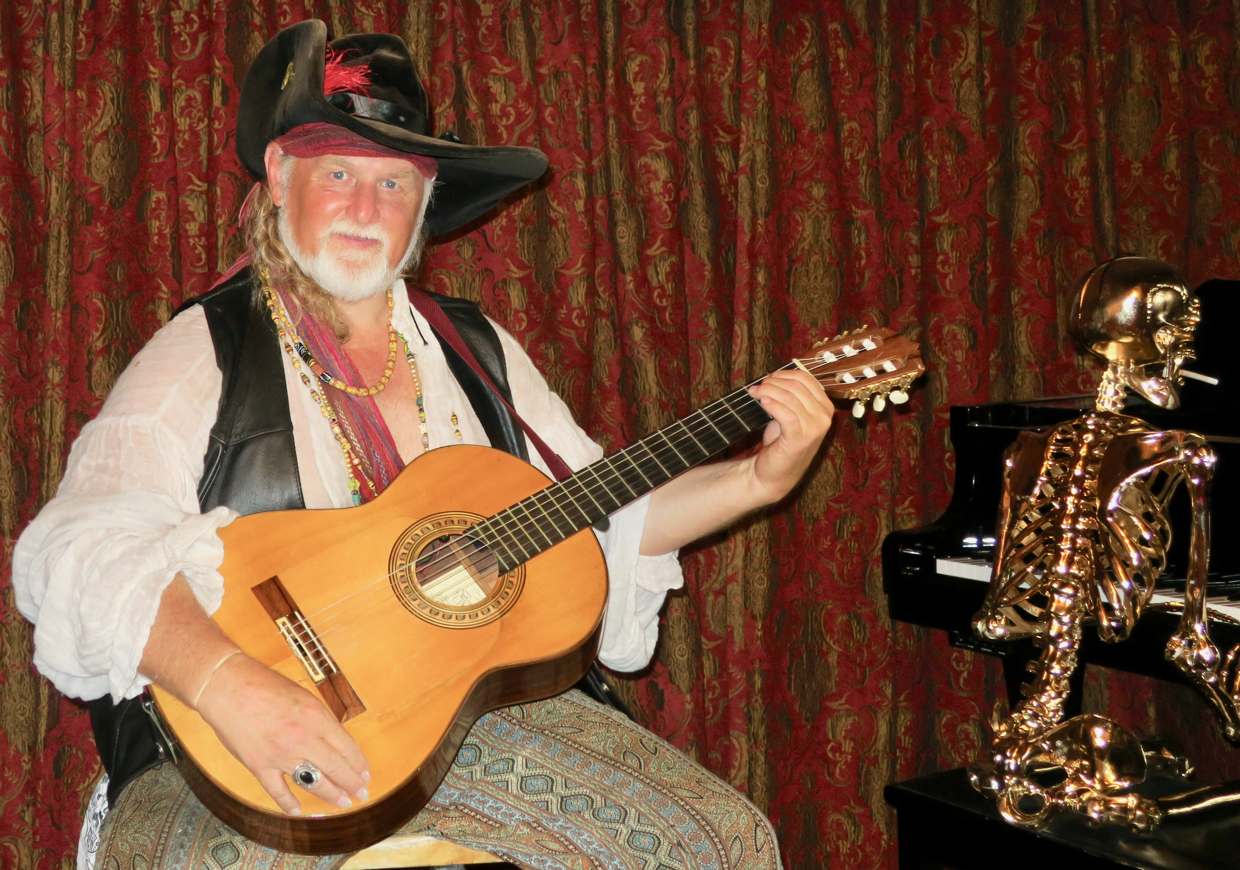 Magic Castle Cabaret Hosts Preview Parties - The Santa