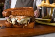 Burgers, Brews & Blues @ Les Marchands on Mondays