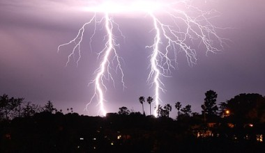 Watch Santa Barbara's Lightning Storm Approach