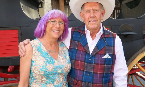 Hearts Therapeutic Equestrian Center Hosts Barn Dance