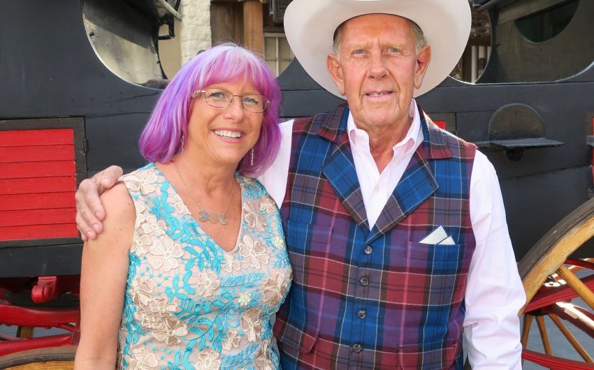 Hearts Therapeutic Equestrian Center Hosts Barn Dance