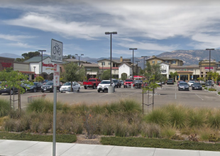 Is Hollister Village Plaza Tanking or Thriving?