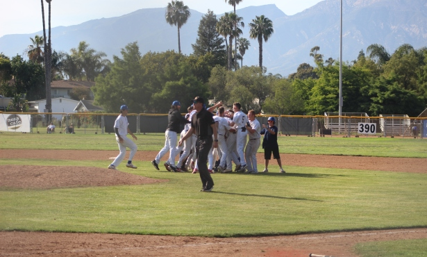 Foresters Rally for 4-3 Victory Over Conejo Oaks