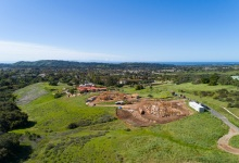 Luxury Estates in the Foothills