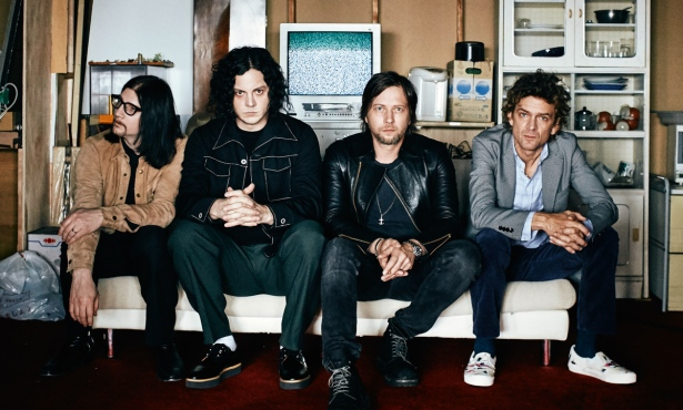 Raconteurs Bring Hit Record to the Bowl