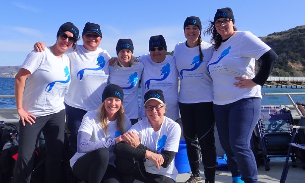 Female Veterans Dive for Shipwrecks