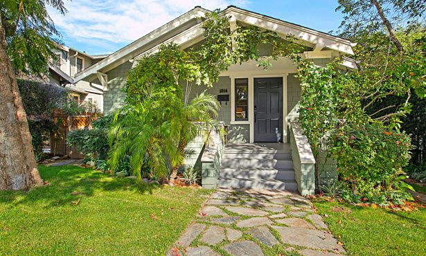 Dreamy Downtown Bungalow