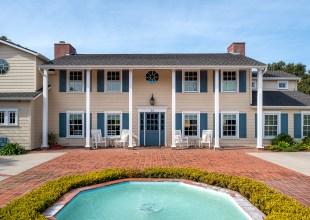 Colonial Beach House