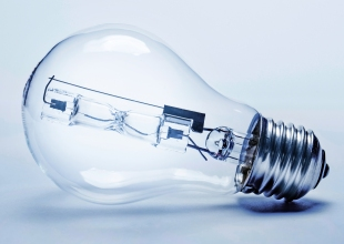 California Adopts New Light Bulb Efficiency Standard