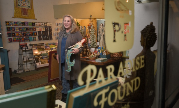 Paradise Found Offers Wares Online