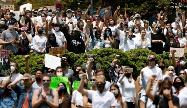 Photo Gallery | Thousands at Santa Barbara Courthouse Protest the Murder of George Floyd