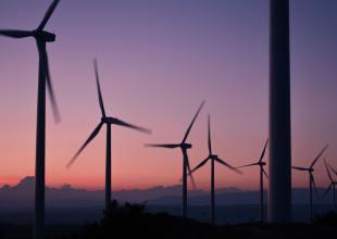 Renewables Surge While Coal Power Fizzles