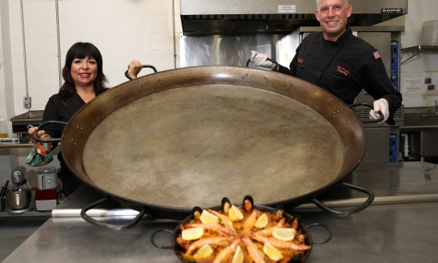 S.B. Paella Catering Brings Spain to Santa Barbara