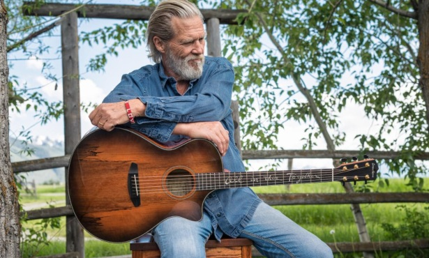 Jeff Bridges Creates Signature, Sustainably Sourced Guitar