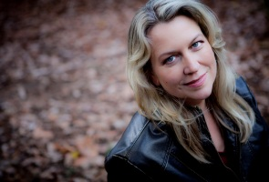 House Calls Virtual Event Bestselling Author Cheryl Strayed in Conversation with Pico Iyer