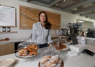 Warm Drinks and Creative Toasts at Dean: a coffee shop