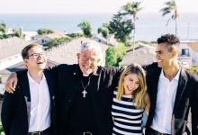 Isla Vistans Mourn the Death of Father Jon Hedges