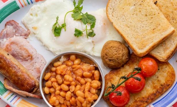 International Breakfast Stars at 4 Eggs & Pizza