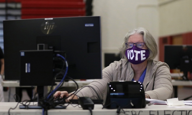 Poll Workers Recruited for California Recall Election