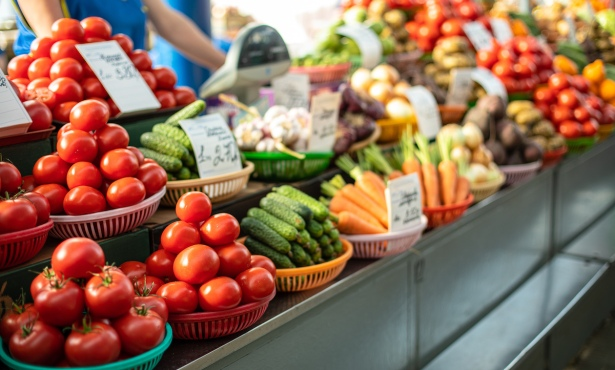 The Advantages of Local Food Production
