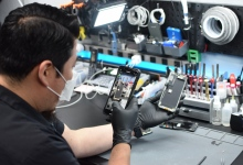 Santa Barbara's GadgetFix Keeps Going Viral with Tech Talk on TikTok
