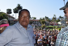 Recall Candidate Larry Elder Hosts Rally at Santa Barbara's Sunken Gardens